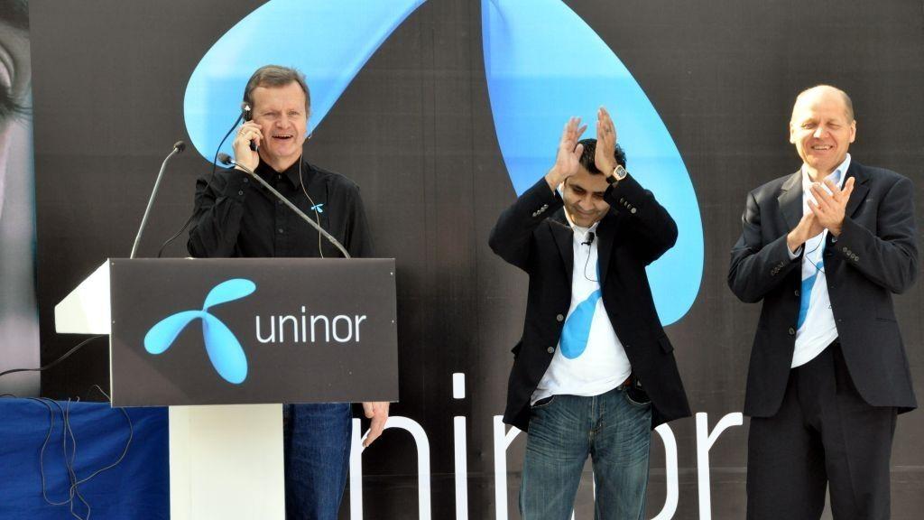 Konsernsjef i Telenor Jon Fredrik Baksaas, styreleder i Chandra og administrerende direktør i Uninor Stein Erik Vellan Under lanseringen av Uninor i India