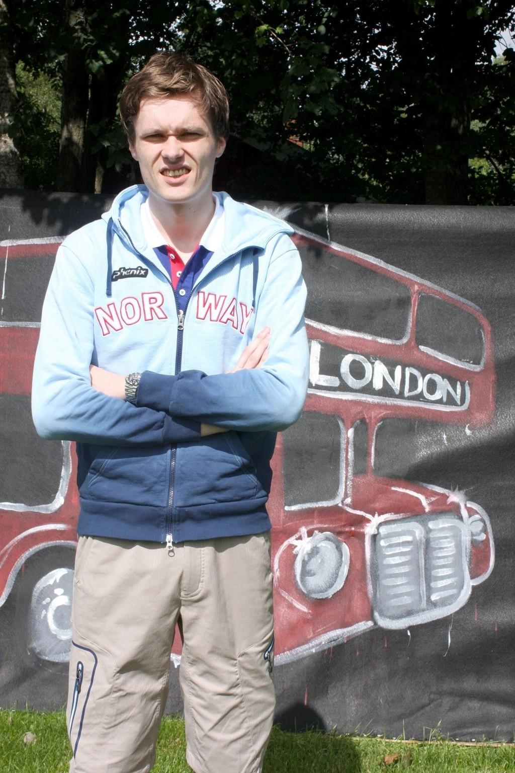 TIL OL: Bartosz Piasecki (25) håper på å fekte seg til en kvartfinale i OL i London.