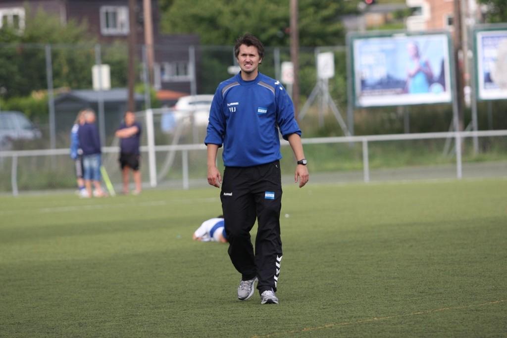 STOR OPPGAVE: Per Inge Jacobsen har ledet tre kamper som Nordstrand-trener. På lørdag ble det et knepent tap mot Holmlia.