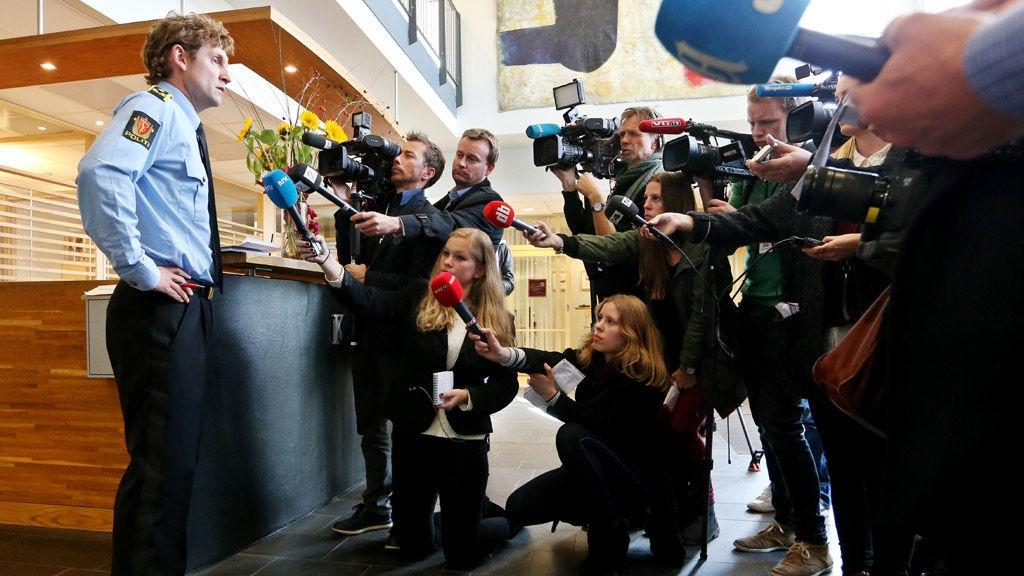 Politiinspektør Reidar Bruusgaard i Kripos orienterer pressen etter koordineringsmøtet mellom politidistriktene som har registrert forsøk på bortføring av barn den siste tiden.