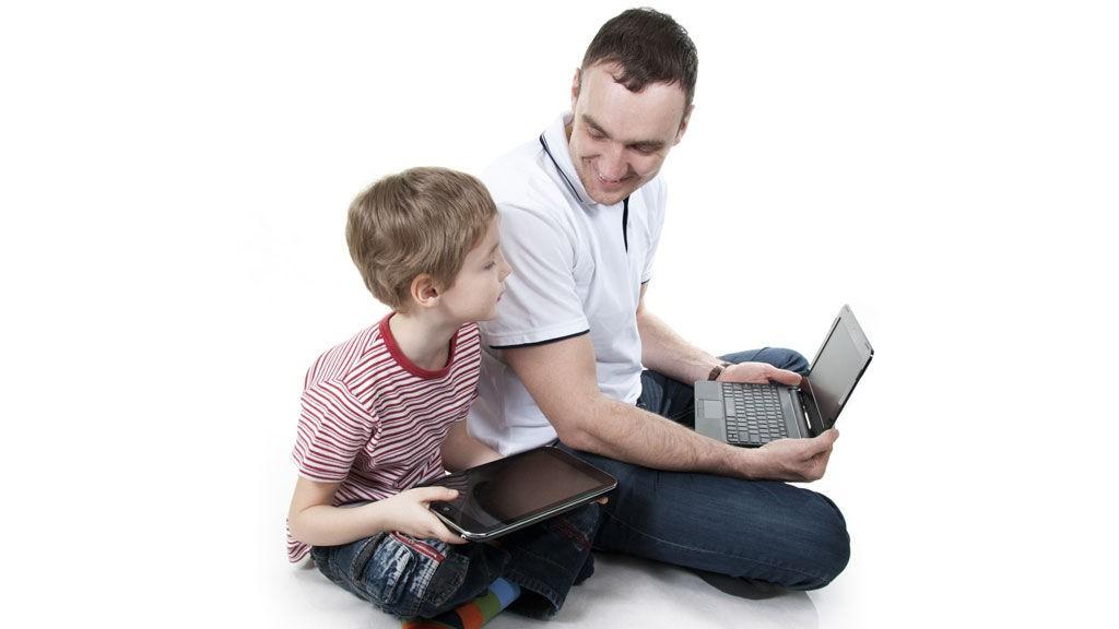 Barn og apper: Benytter du deg av gavekort eller månedlige overføringer, slipper du ubehagelige overraskelser. Og ja, vi snakker om kontoutskriften din.