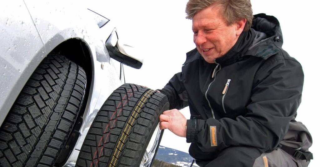 Nordiske vinterdekk bør ha ti prosent mer luft for å gi optimale egenskaper både på vinterføre og på barmark, mener Frank Larsen.