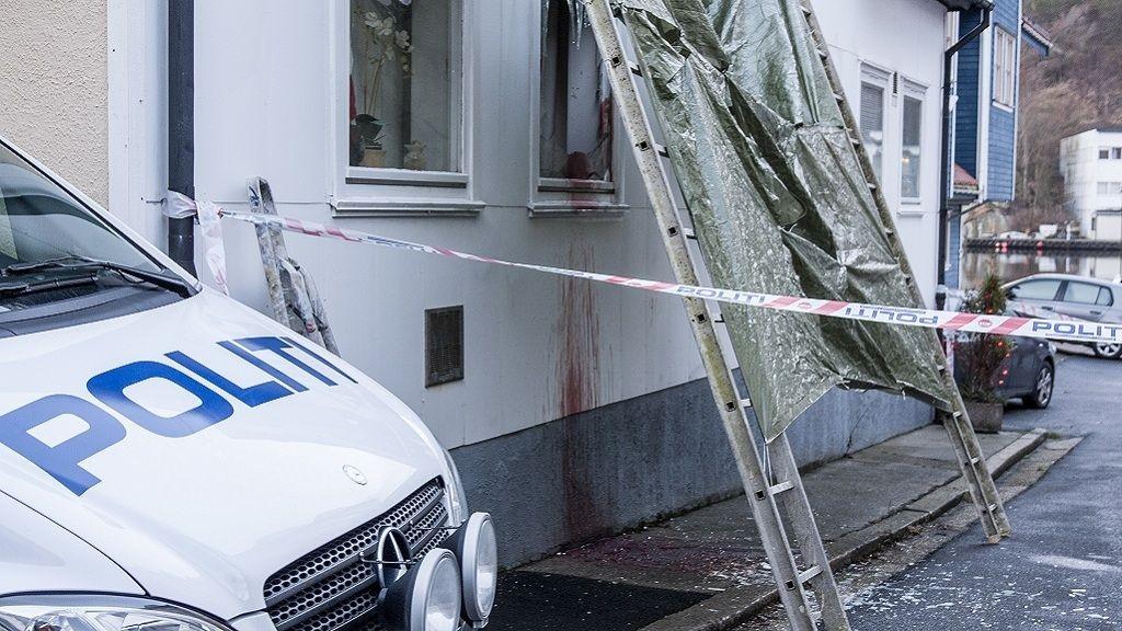 En mann er bekreftet død og en annen er alvorlig skadet etter det politiet betegner som 'en alvorlig hendelse» i Egersund nyttårsnatten.