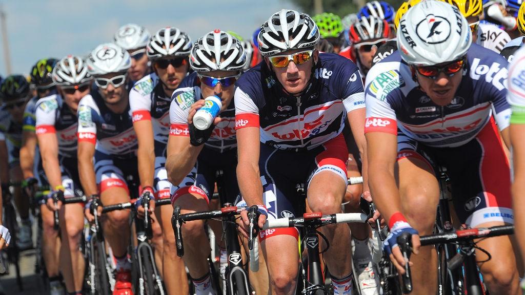 PÅ HELE ÅRET: Lotto-Belisol og Marc Sergeant vil være på høyde med de andre WorldTour-lagene hele året. Men teamsjefen ser også lagets begrensninger.