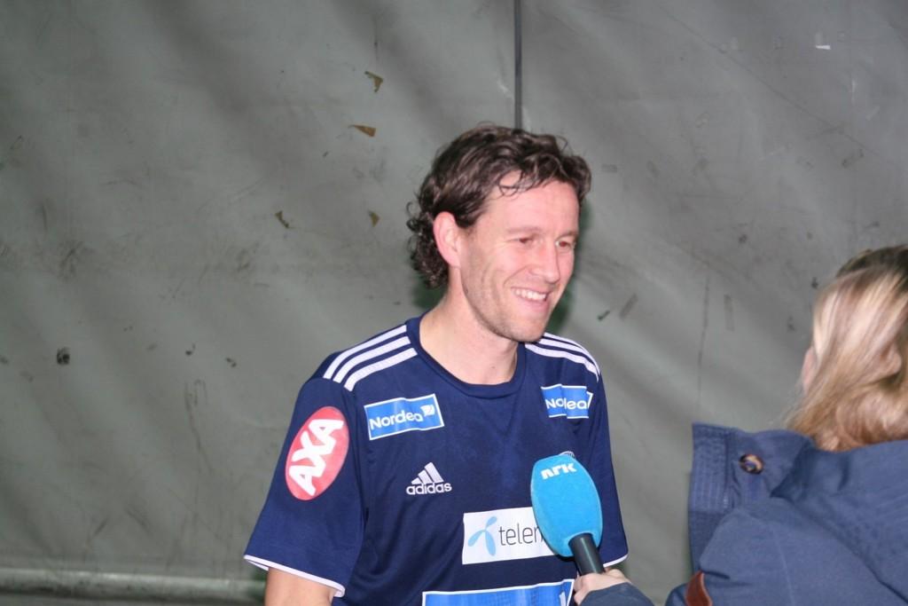 Morten Berre går løs på nok en sesong i Vålerenga-drakten, og kan igjen få sin tidligere sjef, Kjetil Rekdal, som ny hovedtrener.