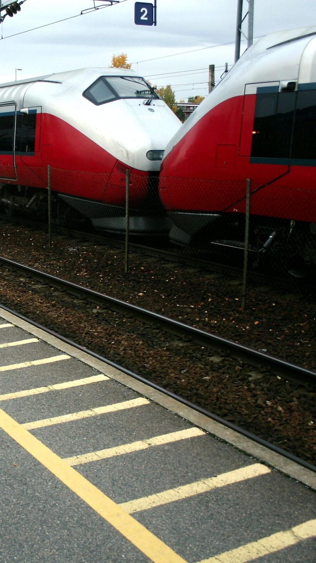 SATSER PÅ TOG: Ruter satser på å mate bussene inn mot tog og tbane, slik at det skal bli bedre fremkommelighet i sentrum.