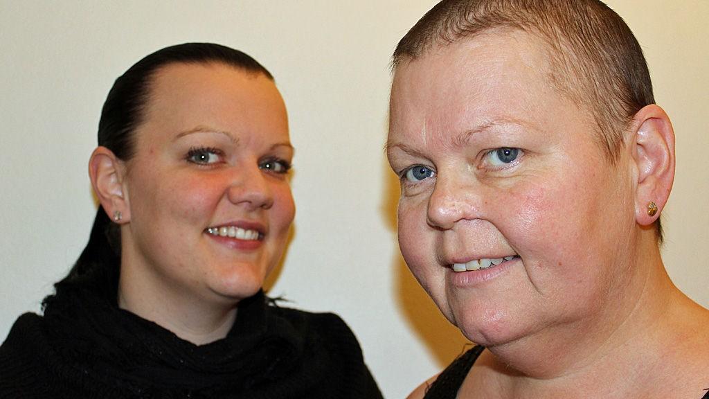 DATTER OG MOR: Karen Therese og moren Aslaug blogger om det å være pårørende og det å ha kreft i bloggen Suuupermamma.