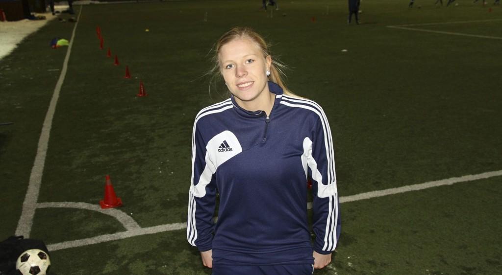 PÅ LANDSLAGET: Til tross for lite spilletid i 2012 ble Søndenå tatt ut til U23-landslaget i år. – Utrolig gøy at jeg får den sjansen, for det var uventet, sier 19-åringen. Foto: Alice Johansen
