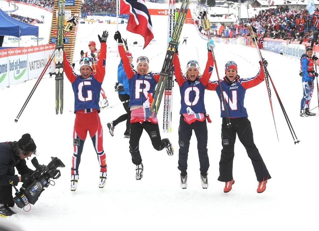 Det ble nok en jubeldag for de norske skijentene under torsdagens VM-stafett i Val di Fiemme.