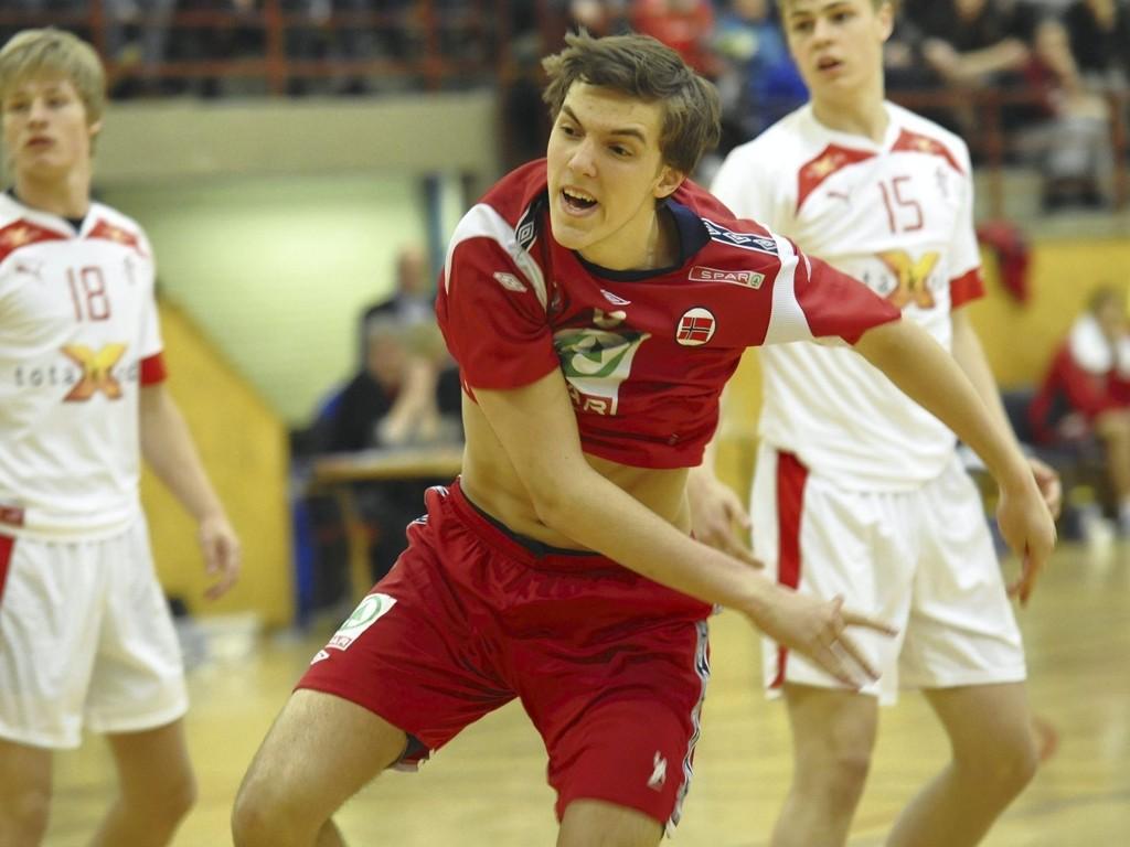 SJU AV SJU: Kristian Rammel var treffsikker i den første kampen mot Danmark i Sofiemyrhallen, og scoret på sju av sju skuddforsøk. Bildetekst