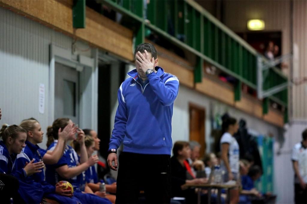 FRUSTRERT: Dalibor Sedjak var frustrert da Nordstrand slo Njård sist serierunde, men sa etter kampen at Nordstrand er et mye bedre lag, og fortjener opprykket. Treneren står for øyeblikket uten kontrakt etter sesongen.