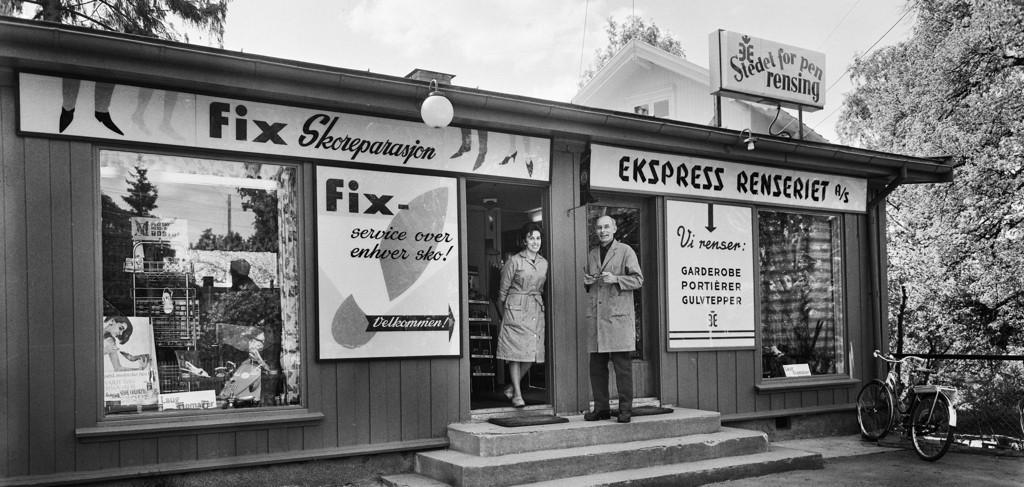PÅ HOLTET: Fix skoreparasjon fra 1967.
