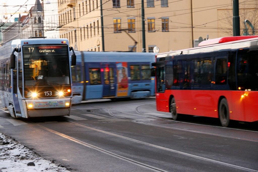 GODT NOK? Ikke alt går på skinner for de såkalte Italia-trikkene i Oslo. Busser må overta mye av trafikken på ubestemt tid.