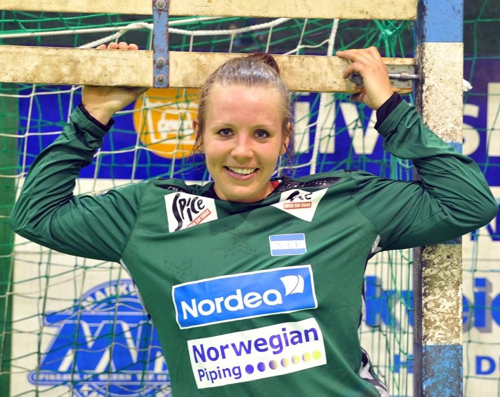 Keeper Ine Karlsen Stangvik forlater Njård til fordel for Nordstrand, som rykket opp denne sesongen.