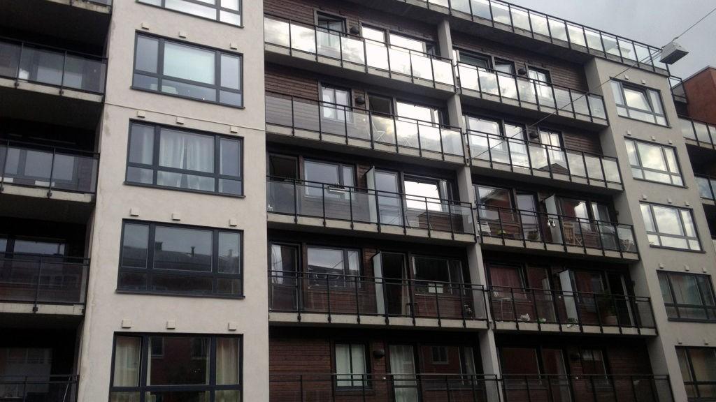 De angivelige overgrepene skal ha skjedd i en leilighet i denne bygården i Oslo: