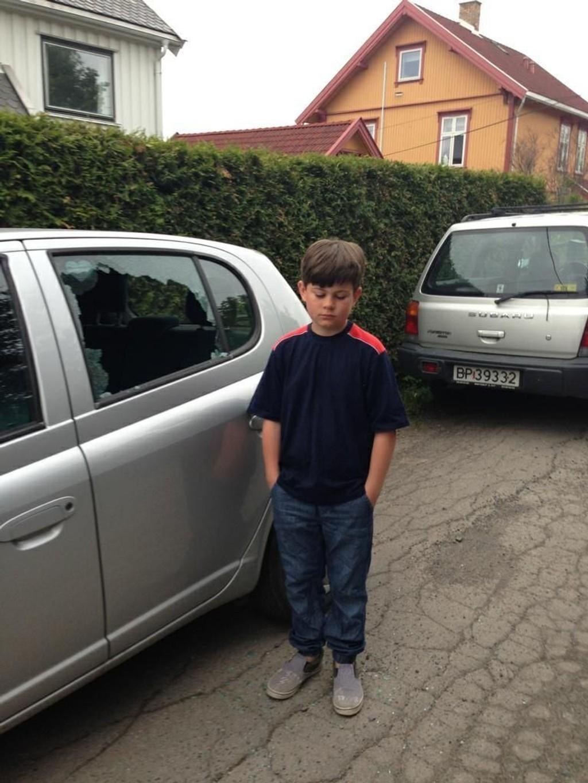 TRIST: Tobias (10) fra Grefsen er naturlig nok lei seg fordi han natt til onsdag ble frastjålet sin saksofon.
