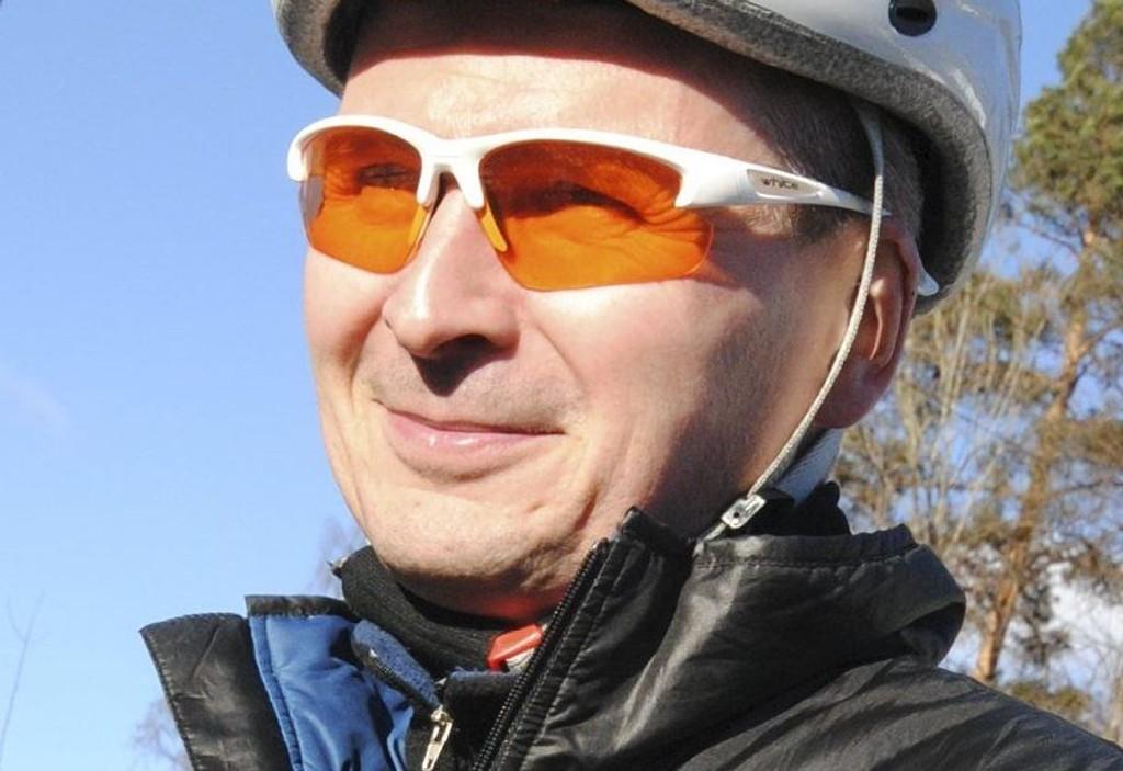 SYKKEL-BAARD: «Elbilens løfte er at vi kan løse privatbilismens problemer gjennom å kjøpe enda en bil ...» Les Baards tidligere Sykkel-dagbøkene-innlegg på dittOslo.no.Arkivfoto
