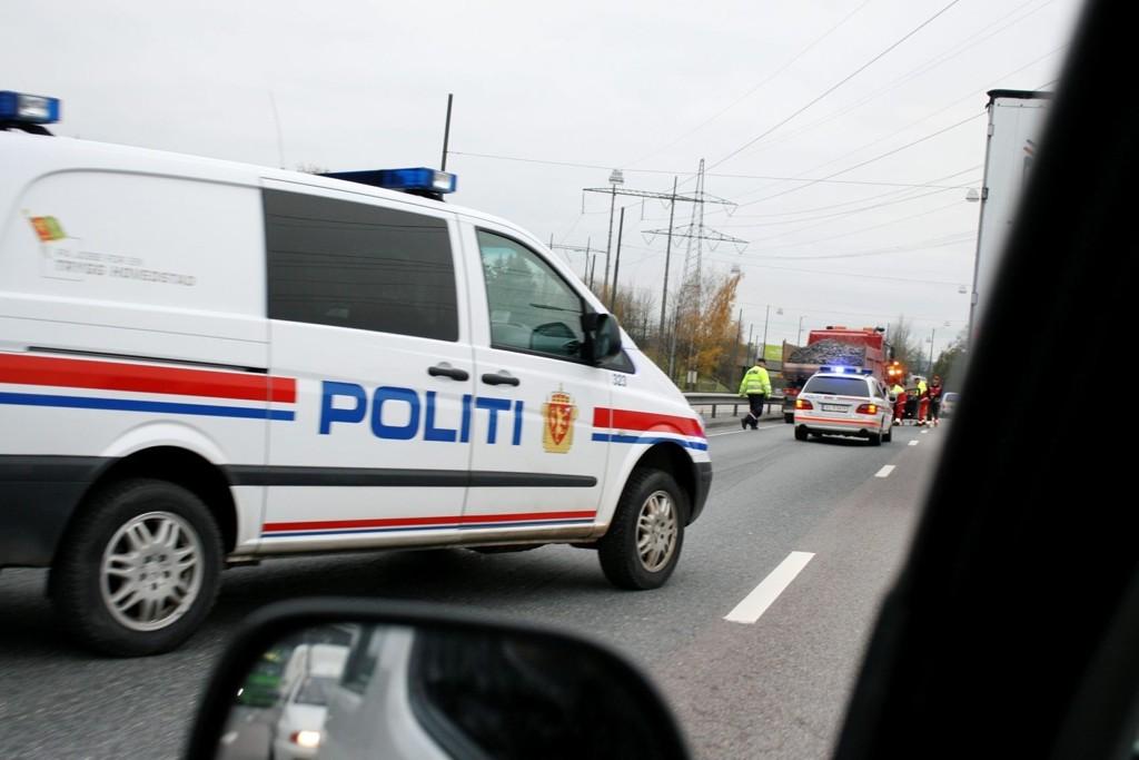 """Politiet stoppet denne uken en bil der både sjåfør og passasjerer var """"svært beruset""""."""