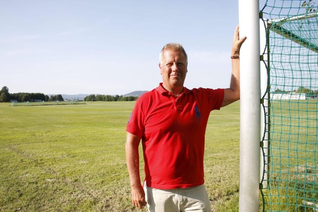 SJEF: Kai Frydenlund-Holm har hatt ansvaret for alle de frivillige i 25 år. Nå gleder han seg til årets turnering.FOTO:ANDREAS LINDBÆK