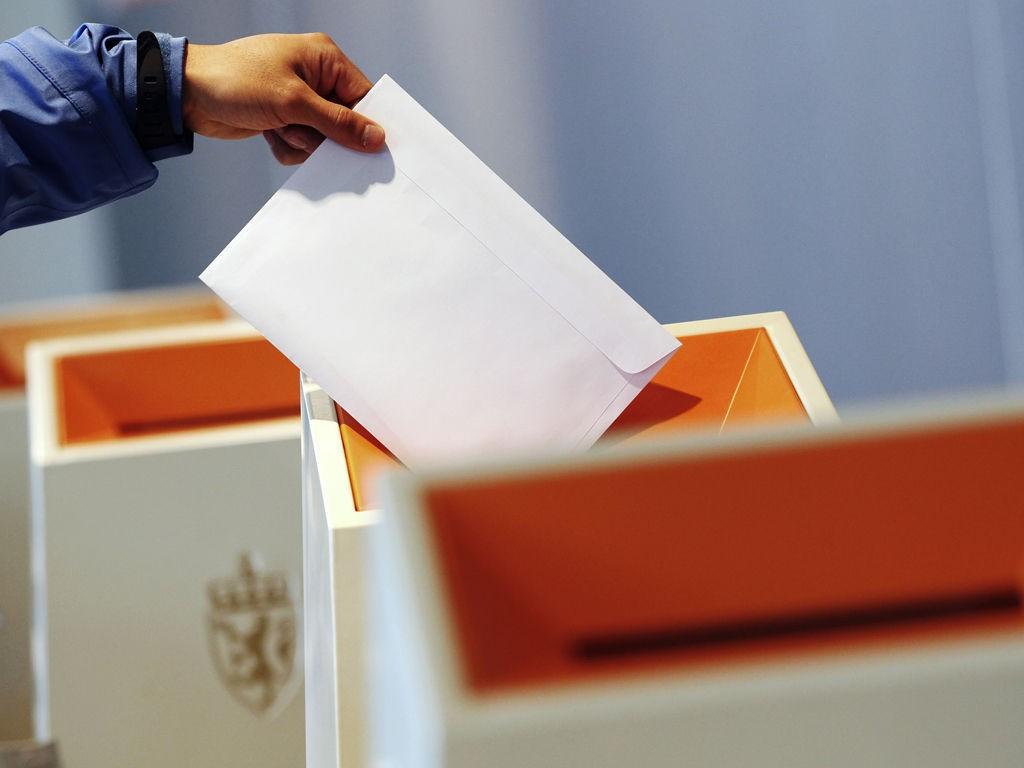 stemmeurne valg brev