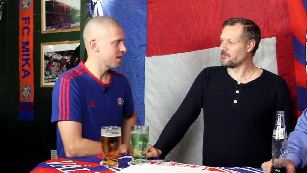 Kjetil Rekdal har sansen for resultattipset til Morten Nydal før Sandnes Ulf-kampen.