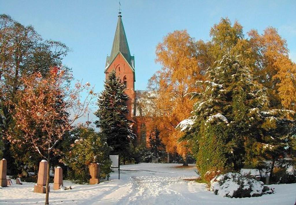 SAVNER PENGER: Vestre Aker kirke i Ullevålsveien.