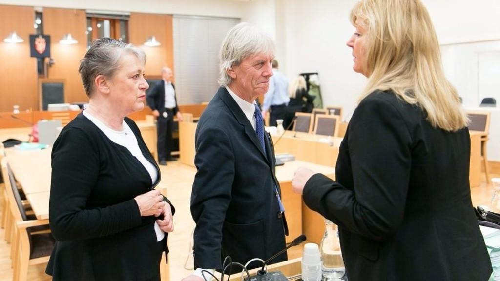 Berit Reiss-Andersen (t.v.), Knut Lindboe og Heidi Ysen er tre av totalt 19 forsvarere som kommer til å prege den store barneranssaken som startet i Oslo tingrett tirsdag.