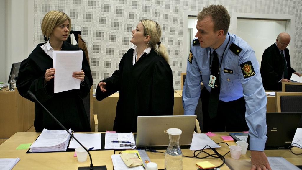 PÅTALEMYNDIGHETEN: Politiadvokatene Viola Bjelland og Trine Dyngeland stiller fra påtalemyndighetens side i rettssaken mot de 19 guttene i Oslo tingrett.