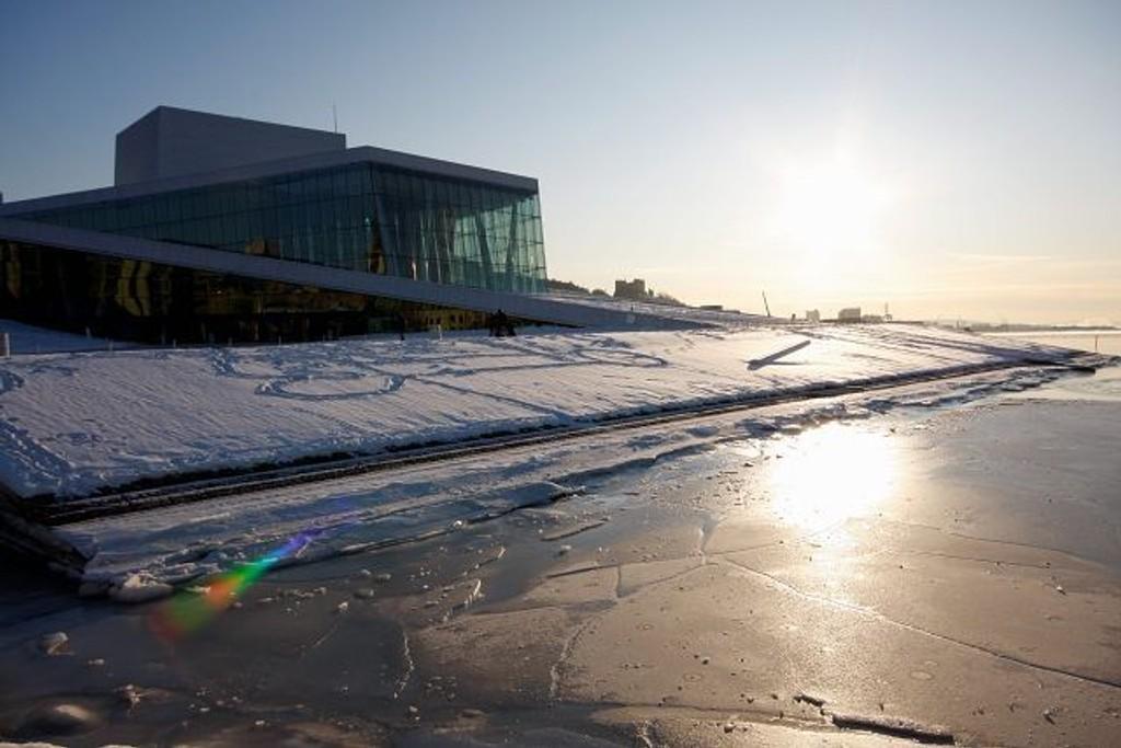 VINTERVÆR: Det holder seg stabilt kaldt og pent fremover, selv om snøen fremdeles lar vente på seg.