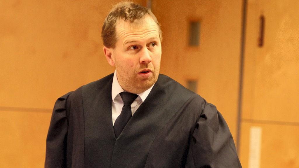 AKTOR: Fostermora er et nøkkelvitne for statsadvokat Peter André Johansen