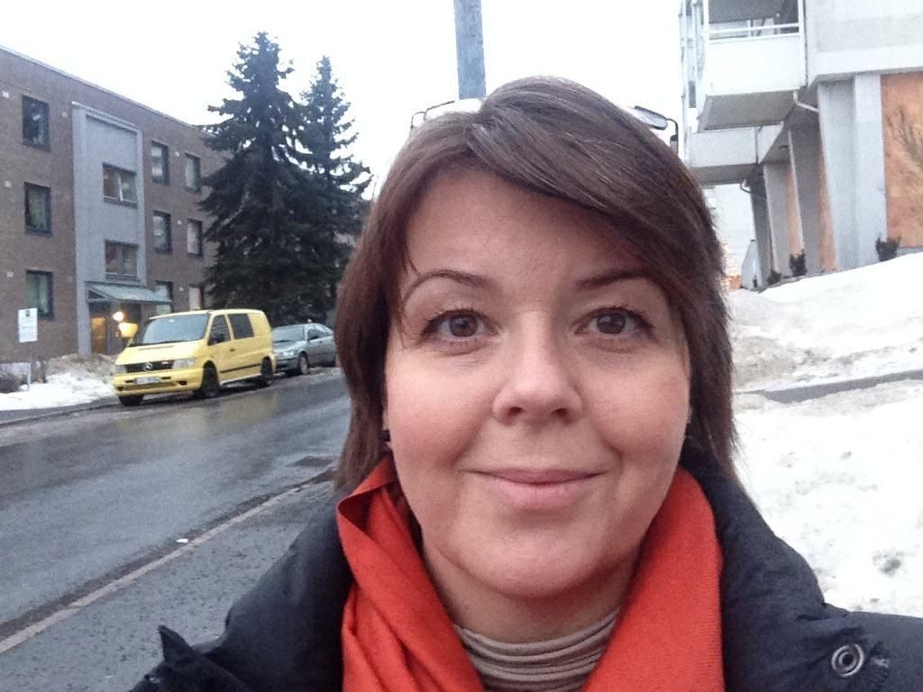 HJELP: Flere borettslag og sameier ber nå kommunen om hjelp til å sikre Betzy Kjelsbergs vei, her Anette Worum Ødegaard i Lillo Terasse Borettslag.