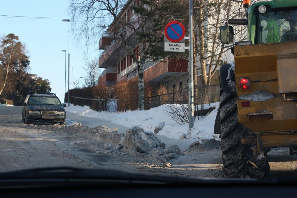 GODT BRØYTET: I to vintersesonger var det prøvedrift på Oppsal med parkeringsforbud på spesielle dager for å få brøytet veiene ordentlig. Dette var vellykket, men ble for dyrt å videreføre.