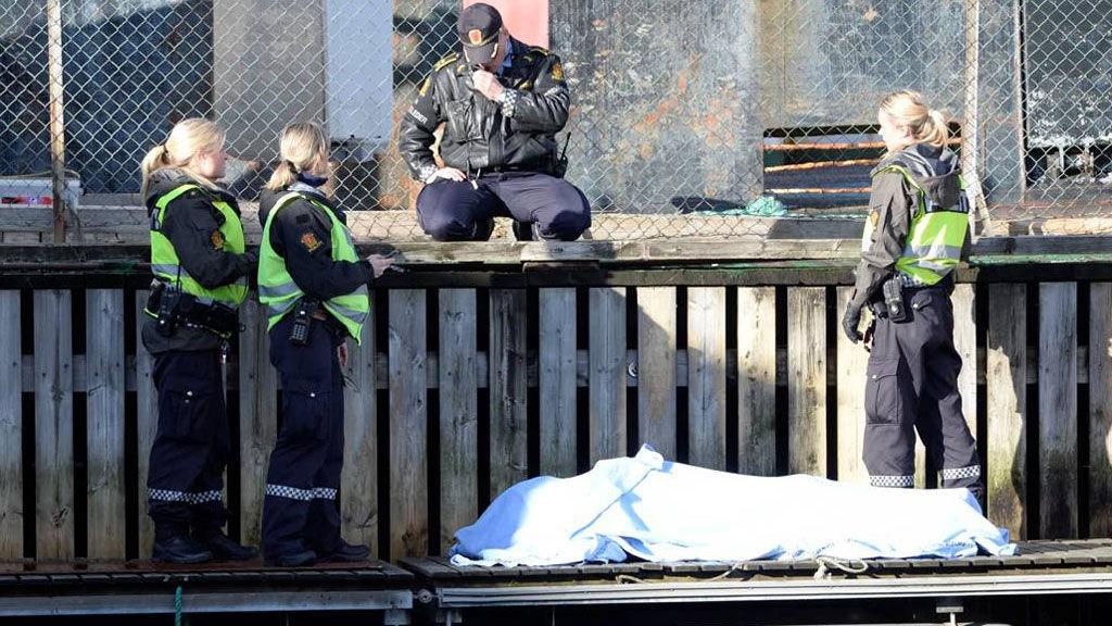 En mann ble funnet død i sjøen ved Damsgård i Bergen