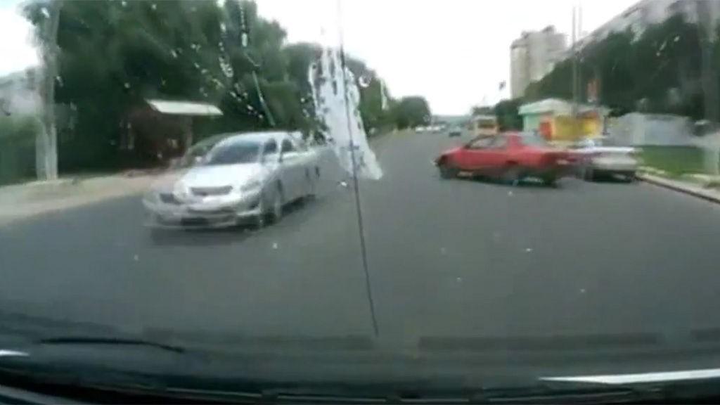 dash cam bilulykke video herskapshus
