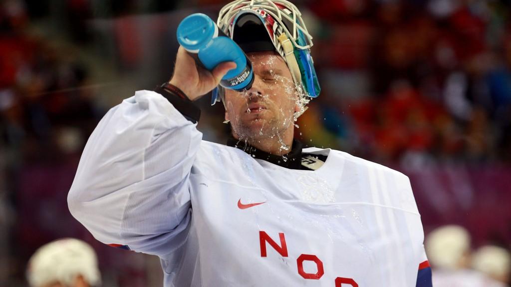 LANGT NEDE: Lars Haugen satt igjen med en dårlig følelse etter tapet for Russland. Foto: Empics Sport / Pa Photos