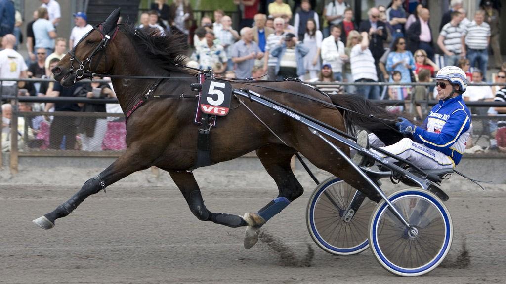 Jorma Kontio er på plass i Eskilstuna for å kjøre lunnsjløp.