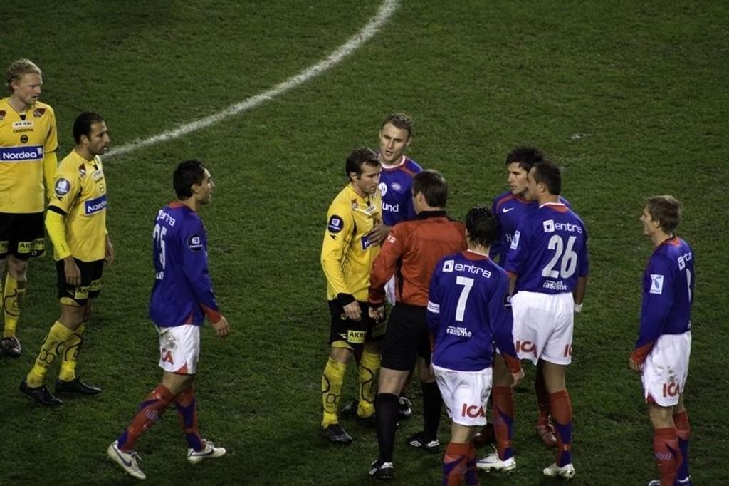 2-0: Vålerenga slo Lillestrøm 2-0 i årets første oppgjør. Her fra en tidligere kamp. Arkivfoto