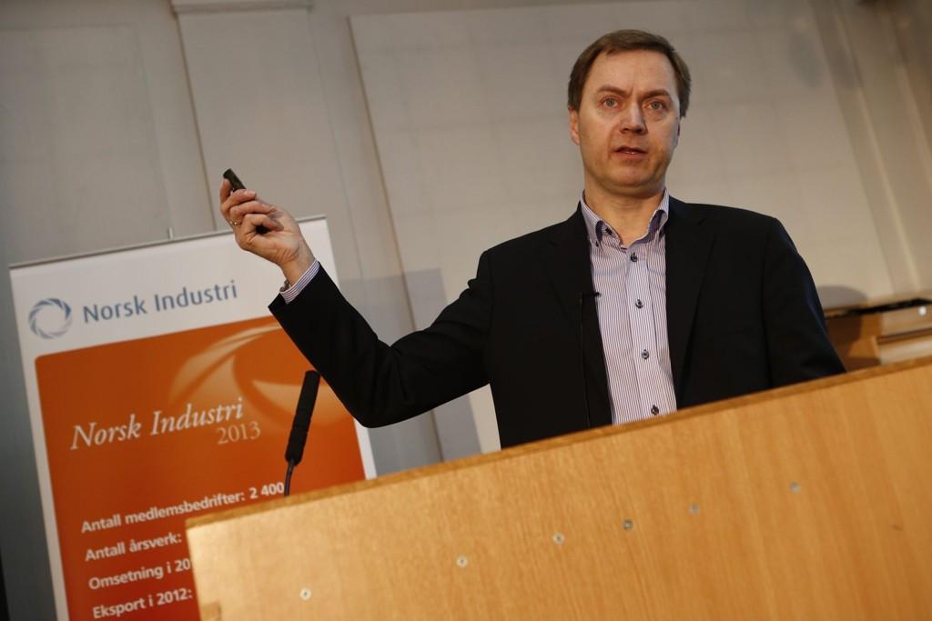 Knut E. Sunde fra Norsk Industri fremhever kronekursen.