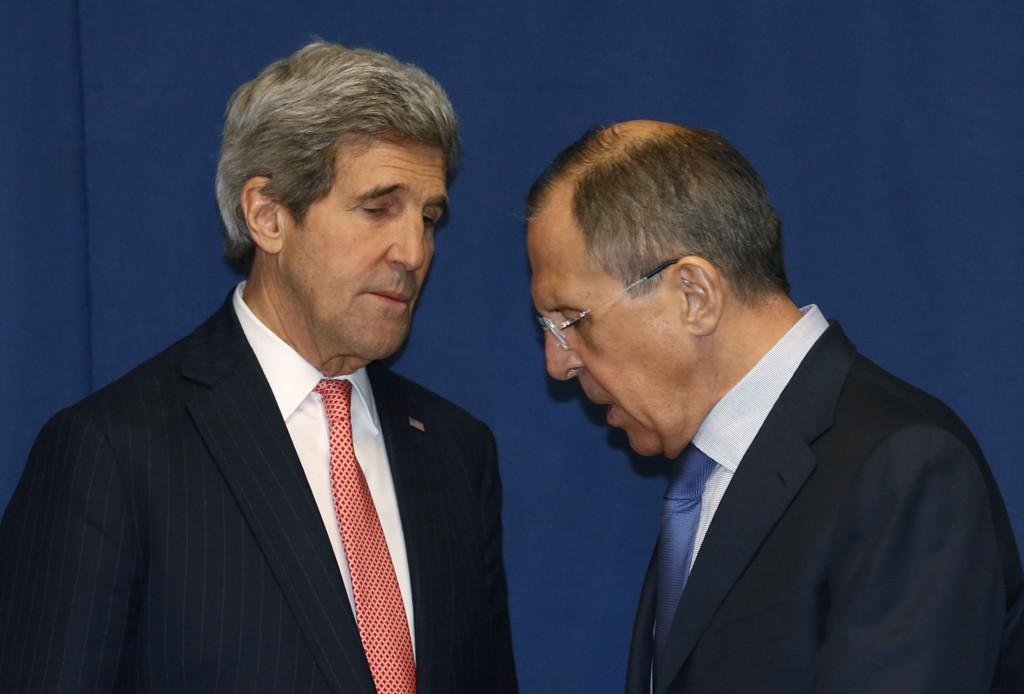 ADVARER USA: USAs utenriksminister John Kerry og Russlands utenriksminister Sergej Lavrov har hatt nye samtaler om Ukraina-krisen. Russlands utenriksminister advarte sin amerikanske kollega mot «forhastede» handlinger eller sanksjoner i forbindelse med krisen.