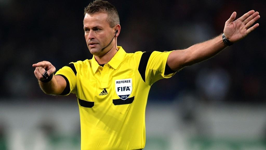 FÅR TILLIT: Svein Oddvar Moen dømmer storkamp i Champions League.