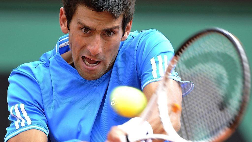 TIL SEMI: Novak Djokovic hadde full kontroll mot Julien Benneteau.