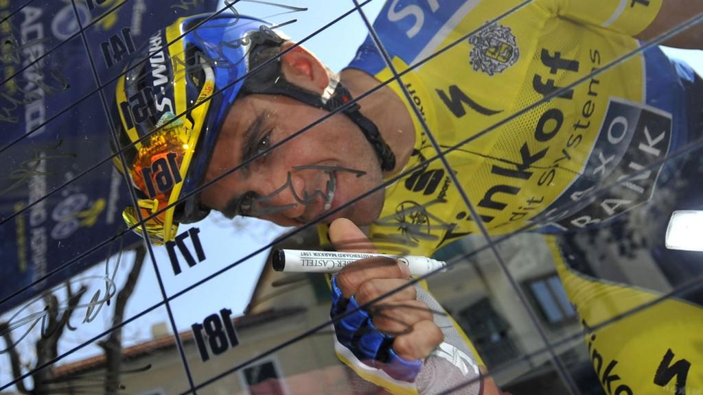 NÆRMER SEG: Alberto Contador begynner å se konturene av en ny sammenlagtseier han kan skrive inn på CV'en.