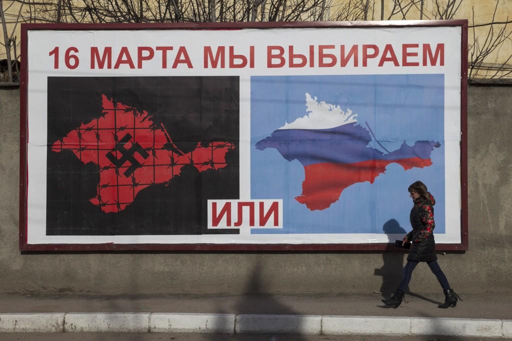 PROPAGANDA: Slik fremstilles valget på Krim.