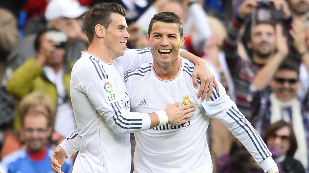 Gareth Bale, Cristiano Ronaldo og resten av Real Madrid-stjernene tar i mot Barcelona til toppkamp i La Liga søndag.