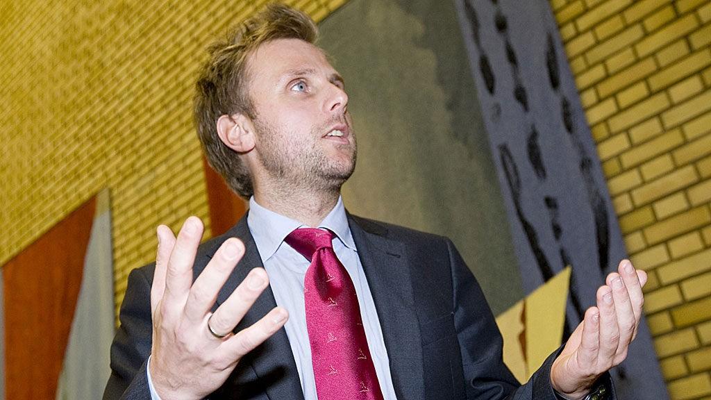 SLÅR TILBAKE: Aps stortingsrepresentant Torgeir Micaelsen mener Gerd-Liv Valla tar feil og bommer med sin kritikk av Arbeiderpartiet.