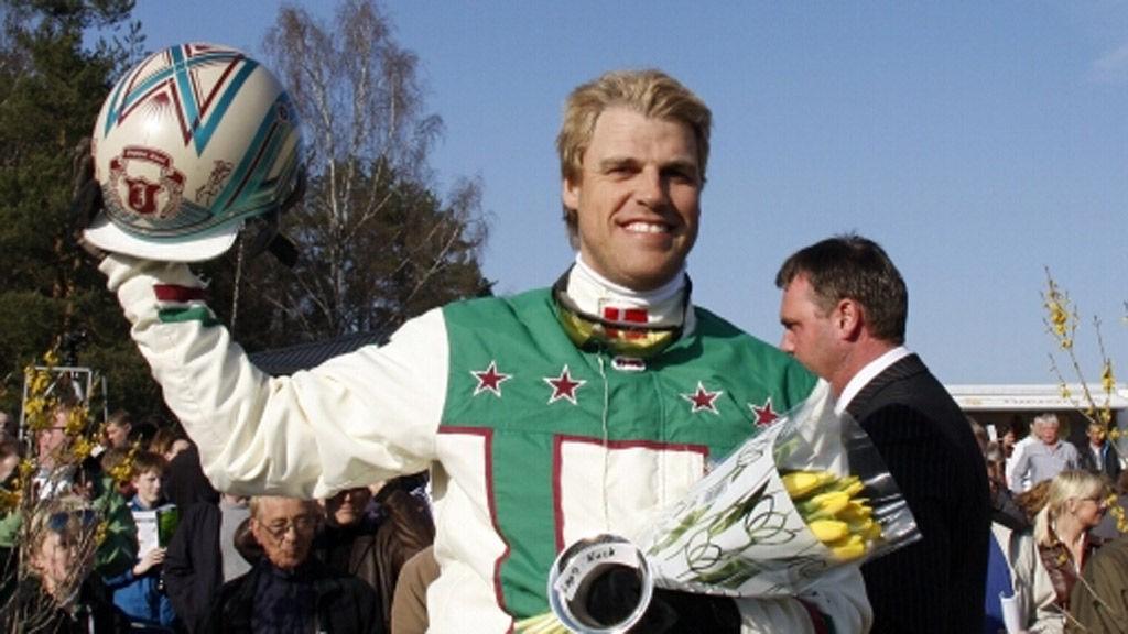 Danske Jeppe Juel kommer til Momarken på lørdag med to svært gode hester.
