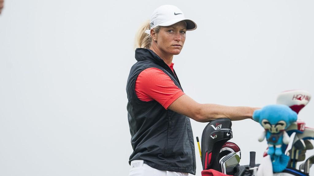 FIRE UNDER PAR: Suzann Pettersen er ikke med helt i toppen etter første dag.