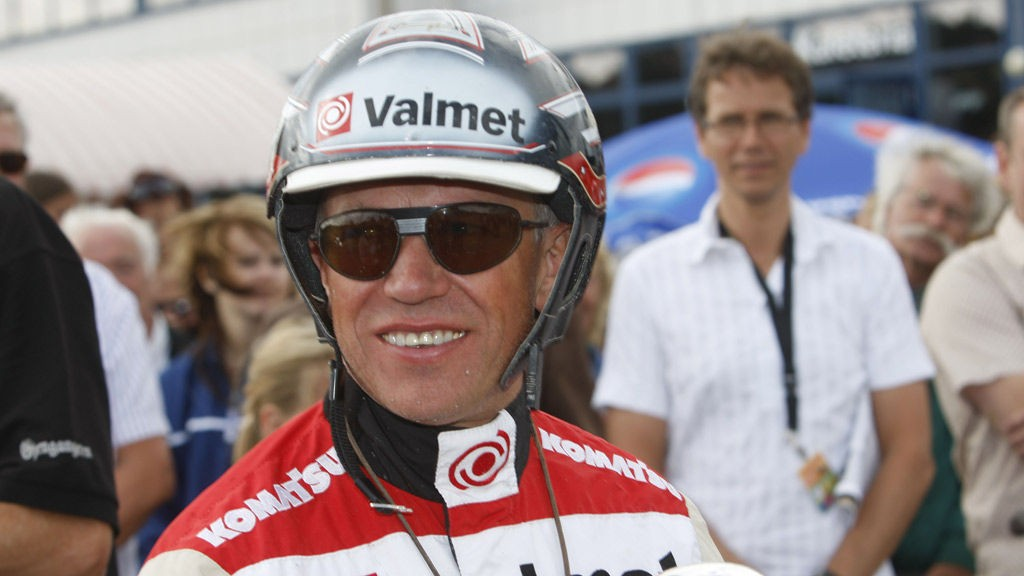 Vi tror Örjan Kihlström vinner V65-1 med Peak State Kronos.