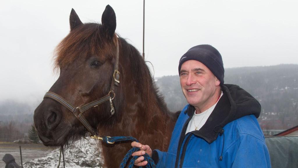 Komnes Tuva og Arve Gudbrand Blihovde er favoritter i Rättvik i formiddag. Foto: hesteguiden.com