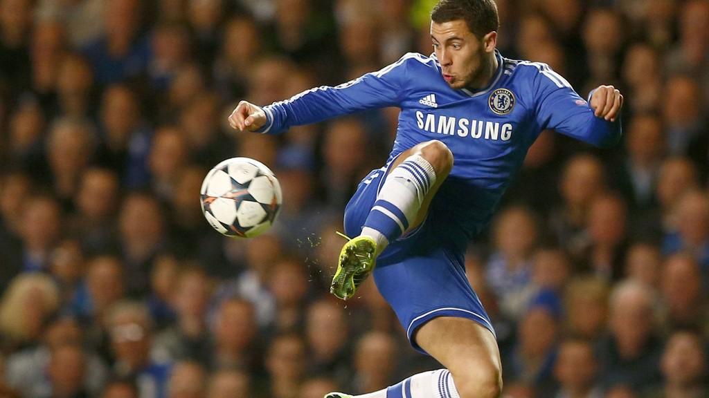 ØNSKET AV PSG: Chelseas Eden Hazard skal være på ønskelisten til PSG. Foto: REUTERS/Andrew Winning